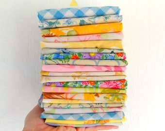 Vintage Sheet Bundles / Fat Quarters / Assorted / Pack of 10 / Quilting Fabrics