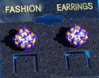 Peyote Button Earrings/Beaded Earrings/Peyote Stud Earrings/Native Made