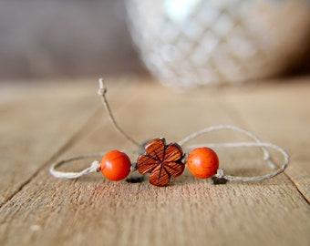 Simple Flower Bracelet (Orange Stone)