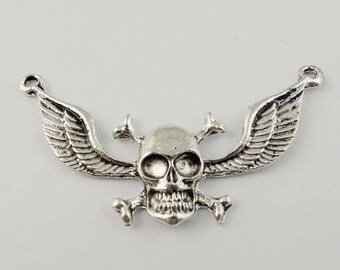 Pendant connector (x 1) silver metal winged skull