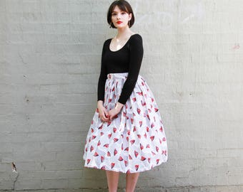Vintage 1950s Novelty Print Skirt / Cotton HAT Atomic Novelty Print Skirt / 1950s Cotton Skirt / S