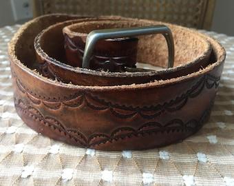 Vtg Hand Tooled Leather Belt / 32 / 34 / 36