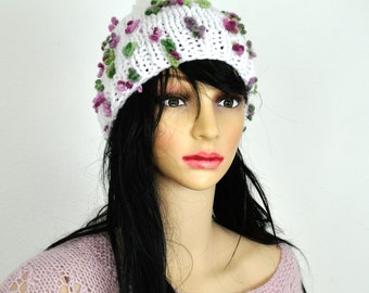 Hand knit hat with flowers / Soft Wool Chunky Knit Slouchy Hat /  Knit Pom Pom Hat /  Knit Hat / White hat.