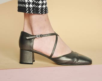 90s MINIMAL mary janes mod mary janes BLOCK heel shoes leather mary janes square toe shoes modern mary janes / Size 6.5 us / 4 uk / 37 eu