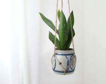 Mid Centery Modern Ceramic Hanging Planter |  Blue, Beige and Gray Raw Jute Macrame Plant Hanger and Vintage Pot Holder | Boho Home Decor