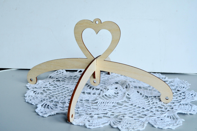 Aufhänger aus Holz Mobile Herz Kreuz Herz Natur Aufhänger