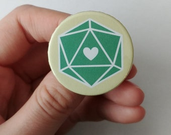 Pin button 38 mm W20 cube Love Green