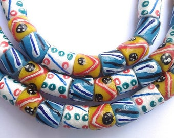 57 various beads of glass from Ghana - mixgb57