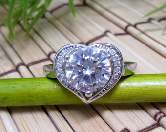 Sterling Silver Heart Ring Cubic Zirconia Stone Size 8.5 + 9 Sparkly Shiny 925 Classic Classy Love Anniversary Jewelry FREE SHIP (730+731)