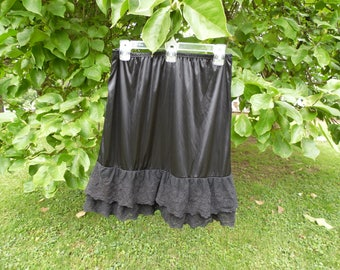 Flirty Black Glossy Wet Look Satin Half Slip Skirt Louncy Lace Hem LRG