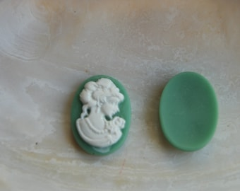 3 cameos from resin 18 x 13 mm