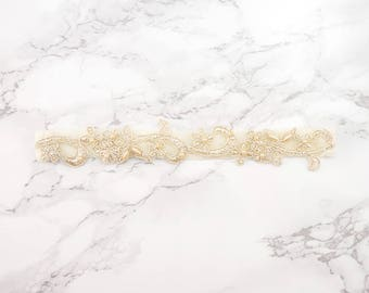 Bridal Gold Lace Wedding Garter / Champagne Gold Lace Garter / Keepsake Garter / Toss Garter / Simple lace Garter / Bridal Ivory lace Garter