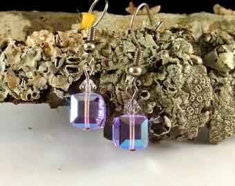 Light Purple Aurora Borealis Cube Dangle Earrings Vintage 90 Earrings Lt Purple Earrings Aurora Borealis Effect Earrings