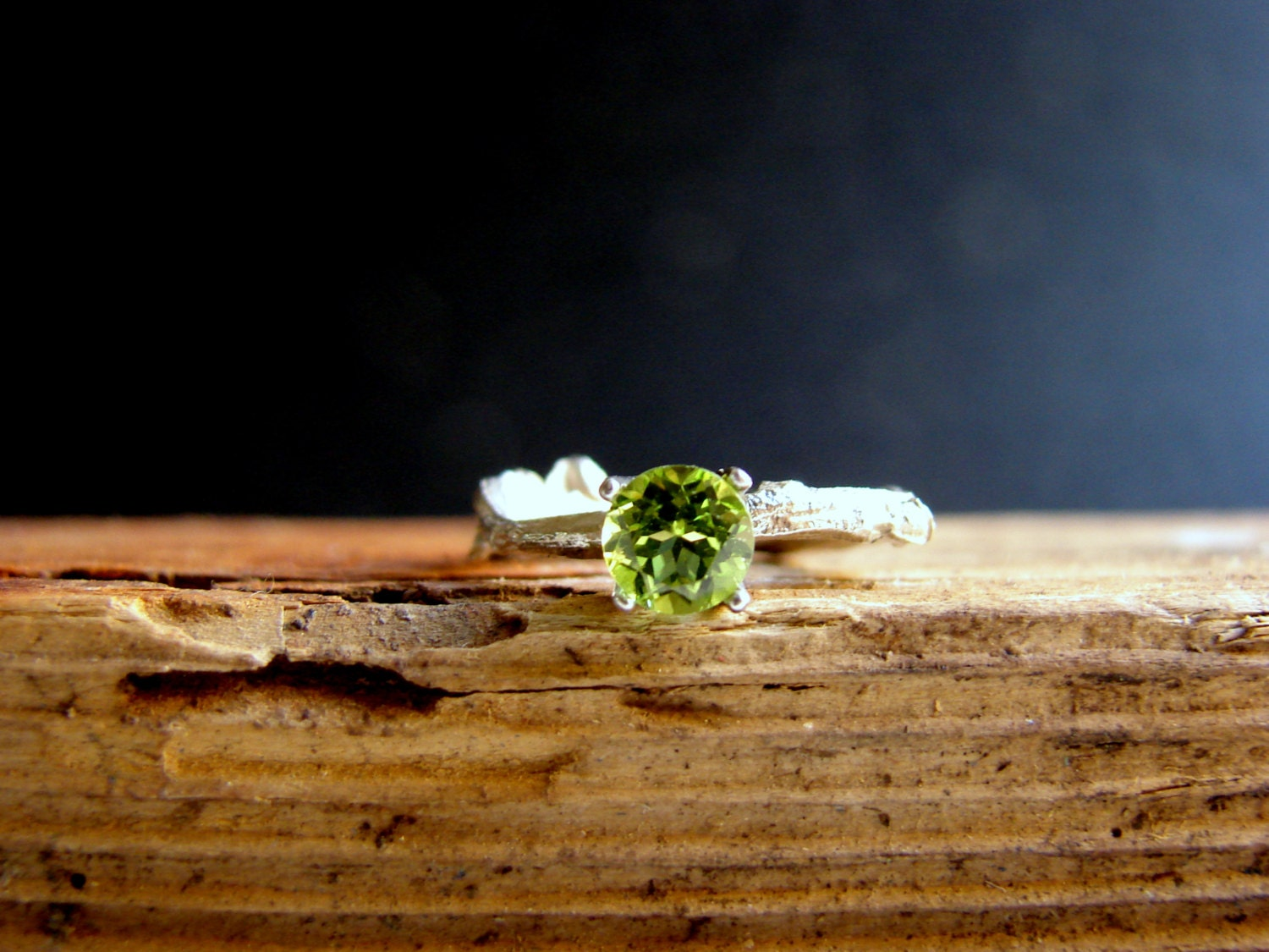ring products rings leo peridot birthstone pin and