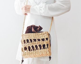 NEW Straw bag • seagrass crossbody bag • weaving boho bag with knitting straw strap • handmade bag from the north of Thailand : Slipknot rop