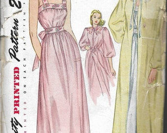 """Vintage 1946 Simplicity 1798 Nightgown & Negligee Sewing Pattern Size 14 Bust 32"""""""