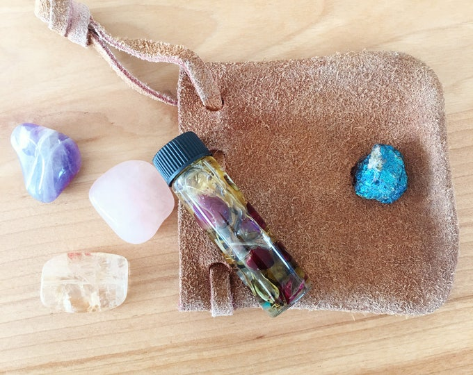 Medicine Pouch | Personal Empowerment for Love, Healing, Happiness, Prosperity, Protection, Intuition | Medicine Bag for Healing, Luck, Love