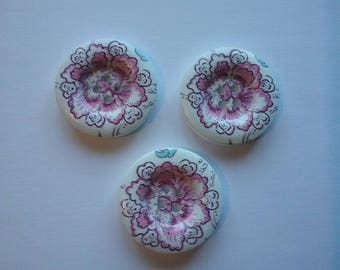 3 round buttons wood flower 30 mm No. 226
