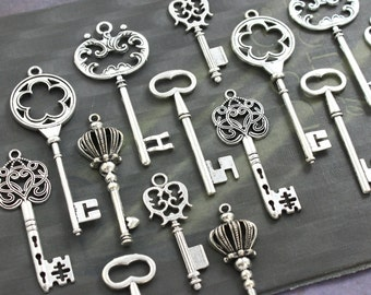 18 Vintage style Skeleton Key Collection Antiqued Silver Alice in Wonderland party wedding decorations