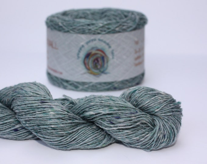 Spinning Yarns Weaving Tales - Tirchonaill 519 Duck Egg Green 100% Merino 4ply