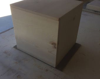 "The Cube -  Storage Box with fitted lid (15"" by 15"" by 15"")"