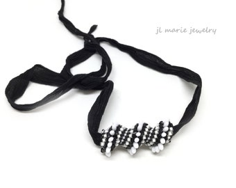 black and white necklace . spiral necklace . glass beads . black and white stripe . classic color combo . unique necklace .