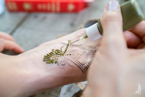 Mehndi Henna Kit Review : Prefilled ready to use rajasthani natural brown henna