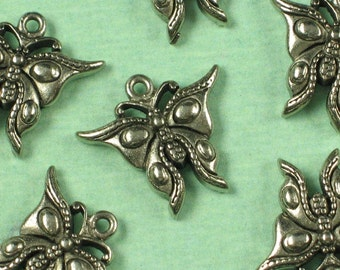 6 Antique Silver Butterfly Charm Jewelry Finding 491
