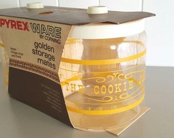 PYREX Golden Storage Mates Cookie and Cracker Jars