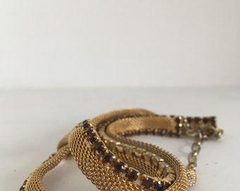 Amazing gold and rhinestone necklace sleek and elegant
