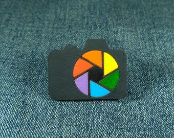 Camera pin. Photo camera brooch. Photographer gift.