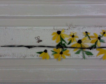 Farmhouse Style Mosaic-Black Eyed Susan's Honey Bees