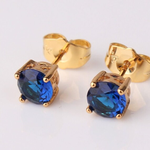 Lovely 18ct gold filled blue sapphire crystal stud earrings