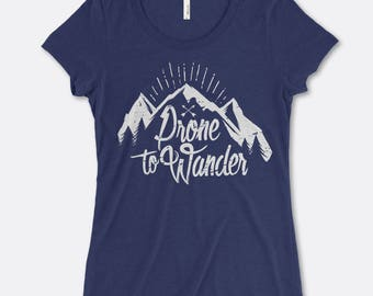 Prone to Wander - women's t-shirt in Navy