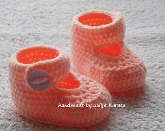 Crochet baby girl booties, newborn girl shoes, handmade boots for baby girl, crochet baby shoes, baby shower gift, crochet baby boots