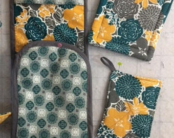 double oven mitt kitchen set with pot holders