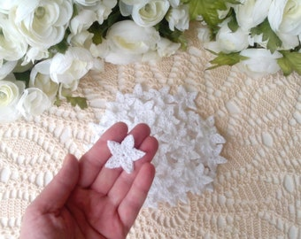 55 Lacy Crochet Stars in White - 1 1/4 or 3,5 cm