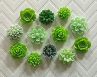 Flower Thumbtacks or Magnets Set of 12 - (#174) dorm decor, hostess gift, weddings, bridal shower, baby shower, gift, teacher gift