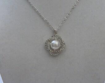 Vintage Silver Tone  White Pearl Pendant Necklace