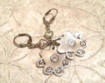 JEEP hand stamped aluminum flower leverback earrings OIIIIIIIO