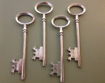 Rowling - Skeleton Keys - 4 x Antique Silver Skeleton Keys Vintage Style Large Key Set