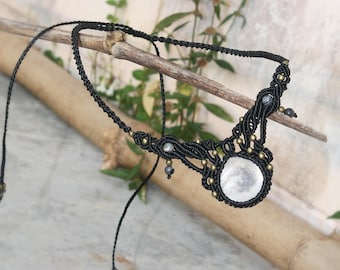 Mother of Pearl Necklace, Macrame Necklace, black