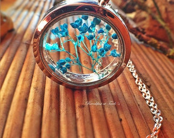 Glass medallion silver with real gypsophila