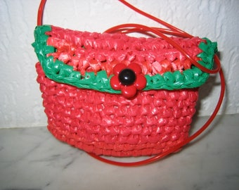 Wallet child red/green, crocheted with recycled from plastic bags
