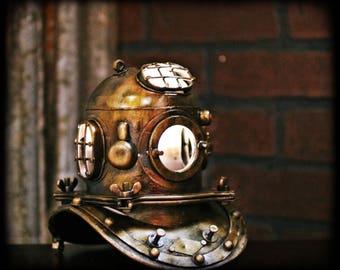 Vintage Style Divers Lamp