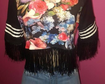 Floral fringe crop top