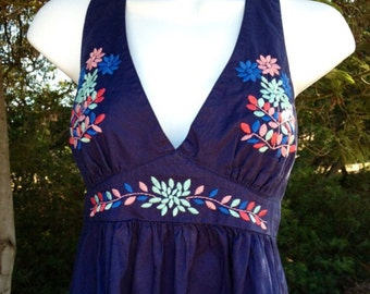 Vintage Floral Embroidered Halter Backless Dress / Petite Small