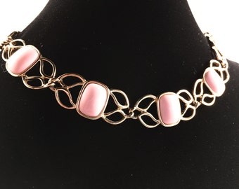 Trifari Jewelry, Vintage Jewelry, Trifari Necklace, Pink Choker, Vintage Necklace, Signed Trifari, 1970s 70s Jewelry Gold Tone Pink Necklace