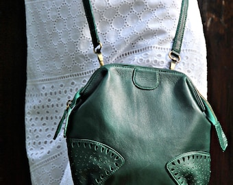 RAINDROP. Small leather cross body bag / women bag / leather purse  / leather crossbody purse / boho. Available in different leather colors.