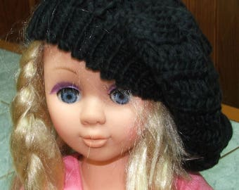 Beret made of acrylic yarn - one size - black color